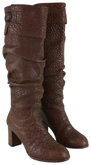 Preload https://img-static.tradesy.com/item/25982565/fendi-brown-leather-knee-high-pull-on-women-s-bootsbooties-size-eu-38-approx-us-8-regular-m-b-0-2-540-540.jpg