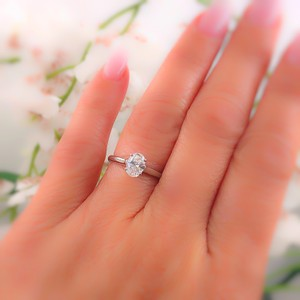 Tiffany & Co. E Vvs1 Oval Diamond Solitaire 0.66 Cts Platinum Engagement Ring