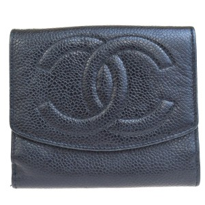 Chanel Authentic CHANEL CC Logo Bifold Wallet Purse Caviar Skin Leather Black