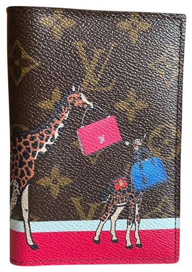 Preload https://item3.tradesy.com/images/louis-vuitton-brown-new-limited-edition-passport-cover-25983687-0-2.jpg?width=440&height=440