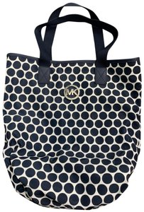 Michael Kors Tote in navy blue and white