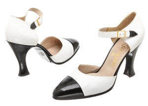 Chanel Leather Black and Wite Pumps