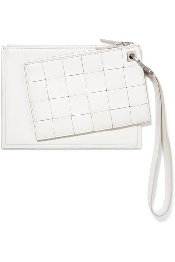 Preload https://img-static.tradesy.com/item/25985853/bottega-veneta-intrecciato-white-leather-clutch-0-0-540-540.jpg