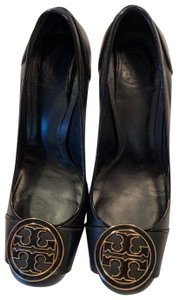 Tory Burch black gold Pumps