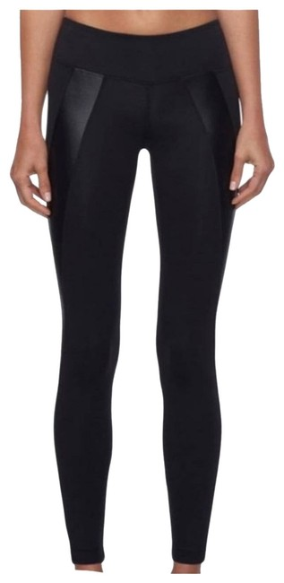Item - Black Hull Mid Rise Activewear Bottoms Size 2 (XS)