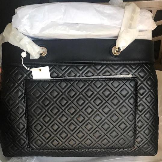Tory Burch Tote in Black Image 10