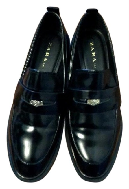 Item - Black Stylish Leather Loafers Dress with Silver Medallions Flats Size US 8.5 Regular (M, B)