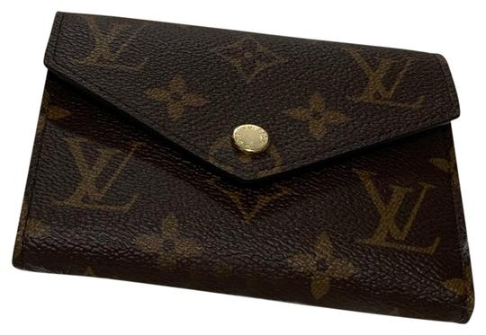 Preload https://img-static.tradesy.com/item/25989236/louis-vuitton-brown-hardware-victorine-wallet-0-2-540-540.jpg