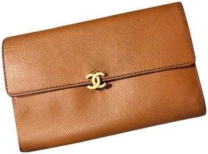 Chanel Camel Calfskin Leather Continental CC Vintage Wallet