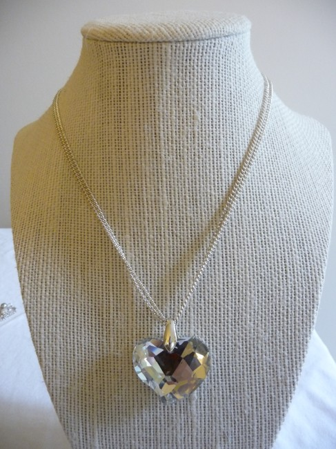Item - Silver Double Strand Heart Necklace