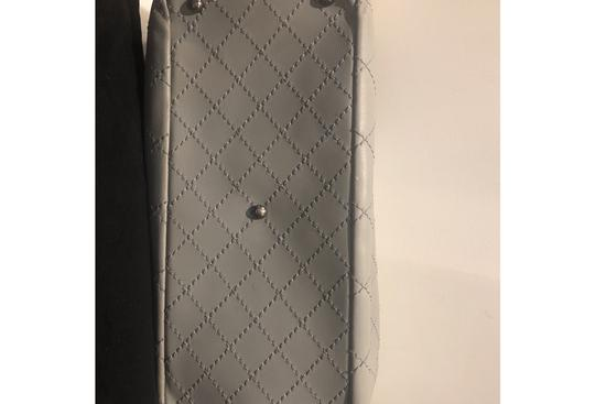 Chanel Tote in gray Image 6