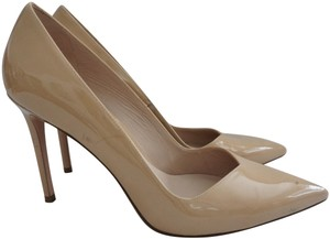 Stuart Weitzman Pointed Toe Patent Leather Classic Tan Pumps