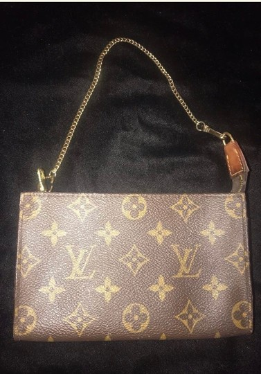 Louis Vuitton Louis Vuitton Pochette brass insolite extender Image 3