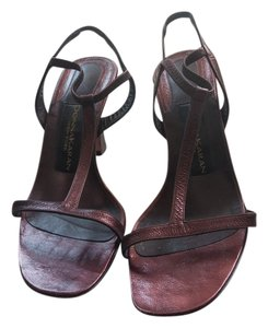 e9168c7ebc7 Donna Karan Sandals - Up to 90% off at Tradesy