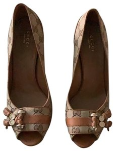 Gucci brown with grey Sandals