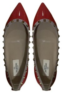 Valentino Red patent with nude outline Pumps