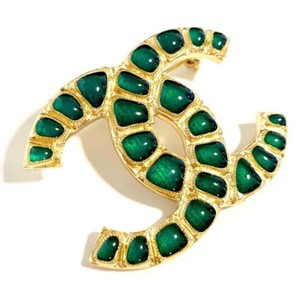 Chanel Large Green Poured Gel Gold Hardware CC Coco Brooch