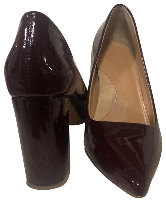 Item - Burgundy Patent Pumps Size US 7.5 Regular (M, B)
