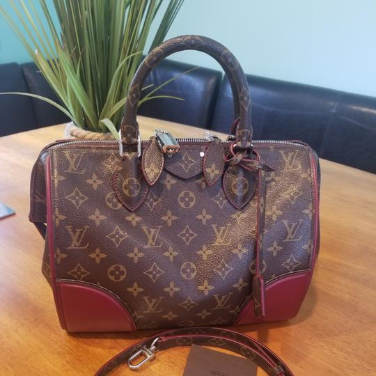 Preload https://item3.tradesy.com/images/louis-vuitton-limited-shine-doc-monogram-and-burgundy-leather-shoulder-bag-25994547-0-3.jpg?width=440&height=440
