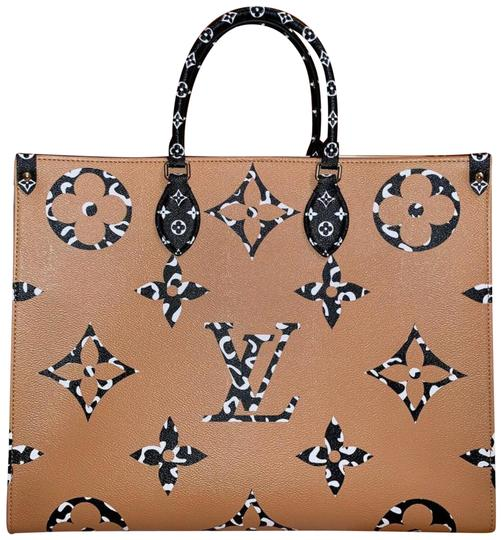 Preload https://img-static.tradesy.com/item/25994692/louis-vuitton-onthego-rare-limited-monogram-giant-jungle-2way-867313-white-coated-canvas-tote-0-3-540-540.jpg
