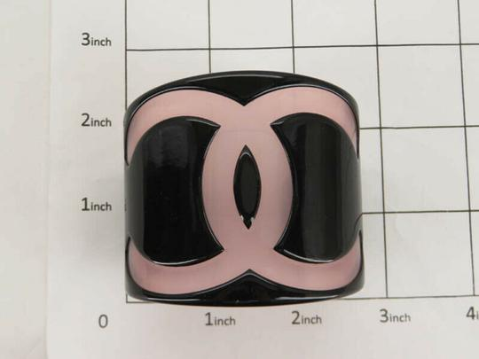 Chanel AUTH CHANEL 01P CC BLACK PINK PLASTIC BANGLE Image 1