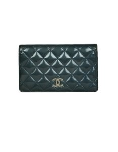 Chanel Chanel 2011 Blue Patent Leather Quilted Yen Wallet