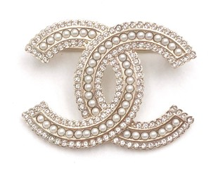 Chanel Chanel Brand New Classic Gold CC Crystal Pearl Brooch