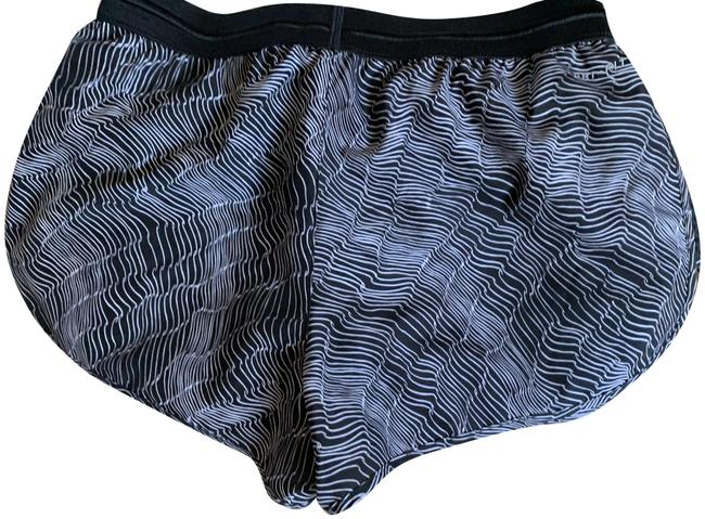 Item - Black and White /Dry Fit Activewear Bottoms Size 4 (S, 27)