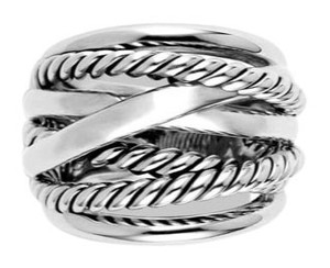 David Yurman GORGEOUS!! David Yurman Wide Crossover Ring