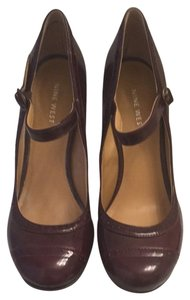 Nine West Mary Jane Maroon Patent Leather Pumps