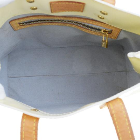 Louis Vuitton Tote in Perle Image 8