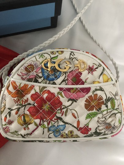 Gucci Quilted Trapuntata Floral New Cross Body Bag Image 10