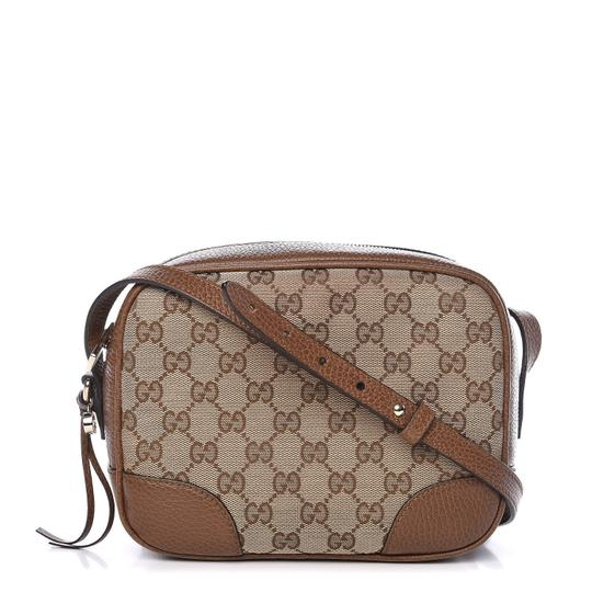 Preload https://img-static.tradesy.com/item/25997841/gucci-bree-messenger-monogram-mini-gg-canvas-tan-leather-cross-body-bag-0-1-540-540.jpg