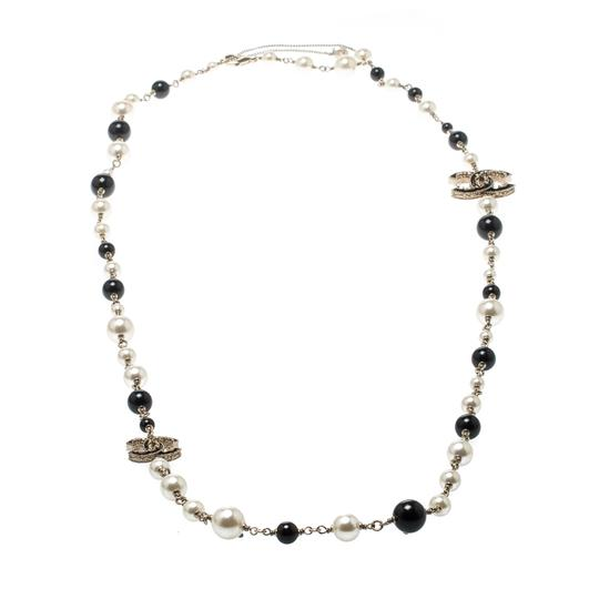 Preload https://img-static.tradesy.com/item/25998005/chanel-gold-cc-faux-pearl-black-beads-tone-long-necklace-0-0-540-540.jpg