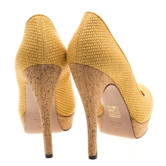 Gucci Woven Jute Leather Yellow Pumps Image 2