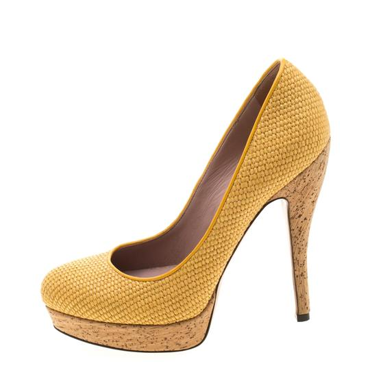 Gucci Woven Jute Leather Yellow Pumps Image 4