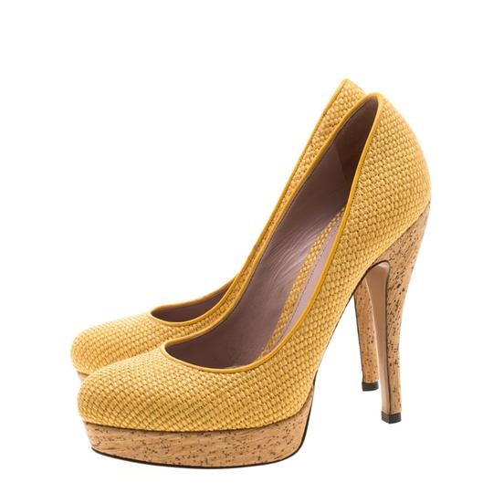 Gucci Woven Jute Leather Yellow Pumps Image 5