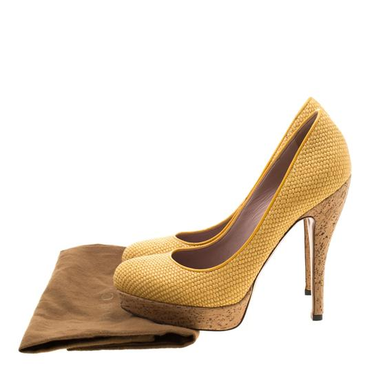 Gucci Woven Jute Leather Yellow Pumps Image 7