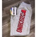 MOSCHINO [tv] H&M Gray Mtv Embroidered Logo Sweat Activewear Bottoms Size 4 (S) MOSCHINO [tv] H&M Gray Mtv Embroidered Logo Sweat Activewear Bottoms Size 4 (S) Image 5