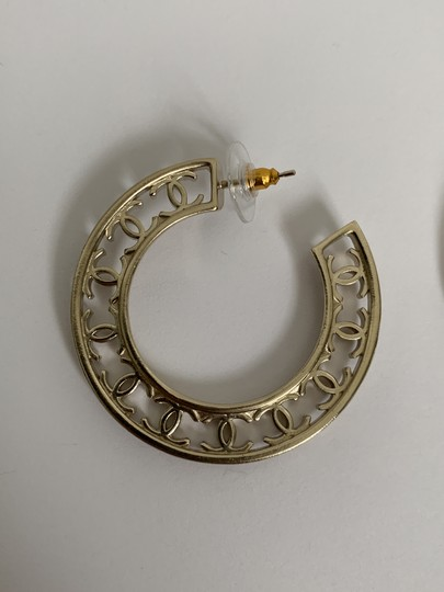 Chanel Chanel CC Logo Round Cut Out Gold Tone Classic Statement Hoop Earrings Image 2
