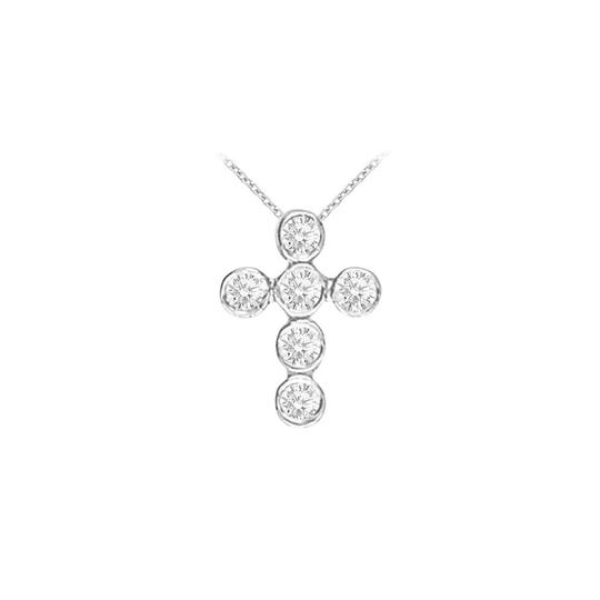 Preload https://img-static.tradesy.com/item/25998940/white-cubic-zirconia-square-shaped-pendant-in-14k-gold-025-ct-tgwperf-necklace-0-0-540-540.jpg
