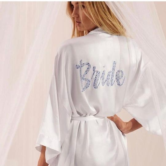 Victoria's Secret White Kimono Embellished Rhinestone Satin Bridal Robe / Sexy Wedding Dress Size OS (one size) Image 2