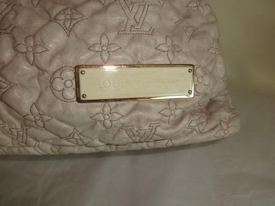 Louis Vuitton Olympe Stratus M95369 Limited Edition Tote in Ivory Image 1