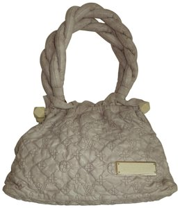 Louis Vuitton Olympe Stratus M95369 Limited Edition Tote in Ivory