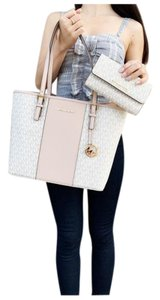 Michael Kors Wallet Signature Ballet Tote in Pink