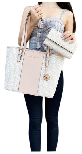 Michael Kors Wallet Signature Ballet Tote in Pink Image 0