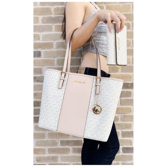 Michael Kors Wallet Signature Ballet Tote in Pink Image 1