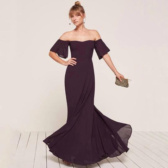 Preload https://img-static.tradesy.com/item/25999571/reformation-purple-florentina-feminine-bridesmaidmob-dress-size-4-s-0-0-540-540.jpg