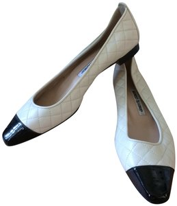 Manolo Blahnik Vintage Patent Leather Quilted Classic cream and black Flats