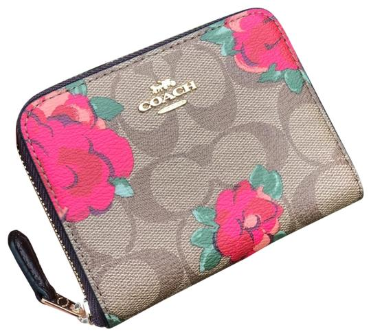 Preload https://img-static.tradesy.com/item/26000089/coach-khaki-flower-f38704-signature-jdmbo-floral-small-zip-around-wallet-0-2-540-540.jpg